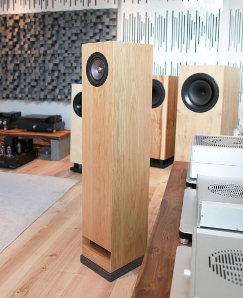 Pearl Acoustics | Sibelius SG | 5.995,- reduziert auf 3.900,- (-35%)