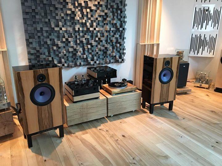 Bildergebnis für Devore Audio Klangloft